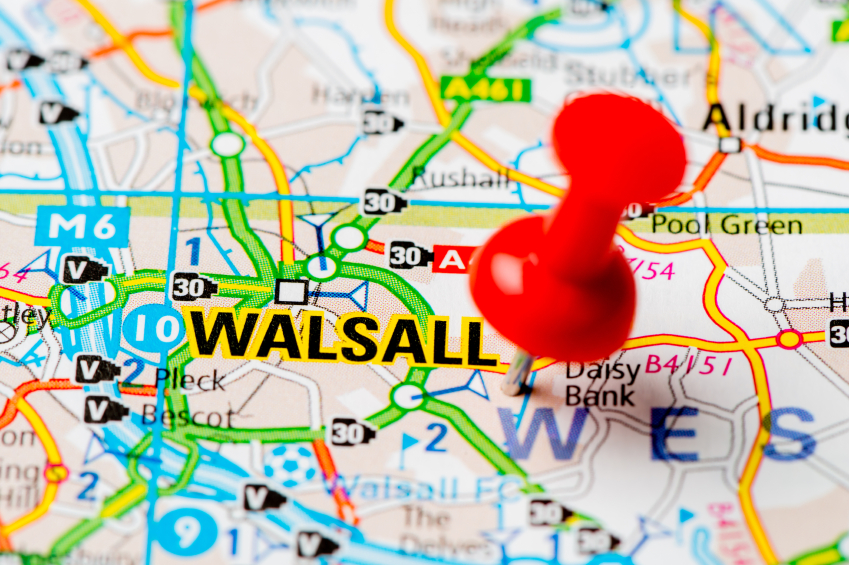 Map with red pin on Walsall